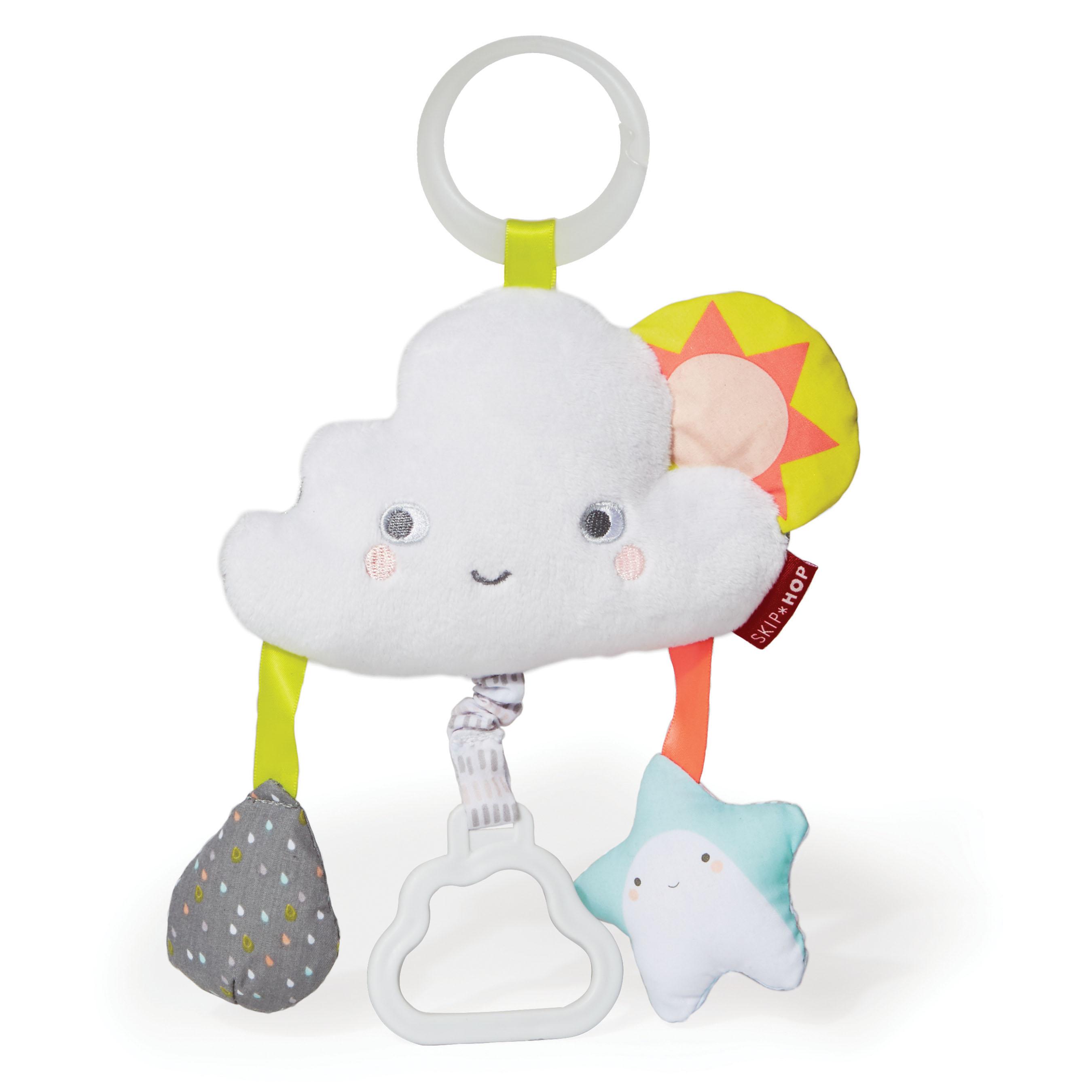 צעצוע לעגלה- עננים בשמיים