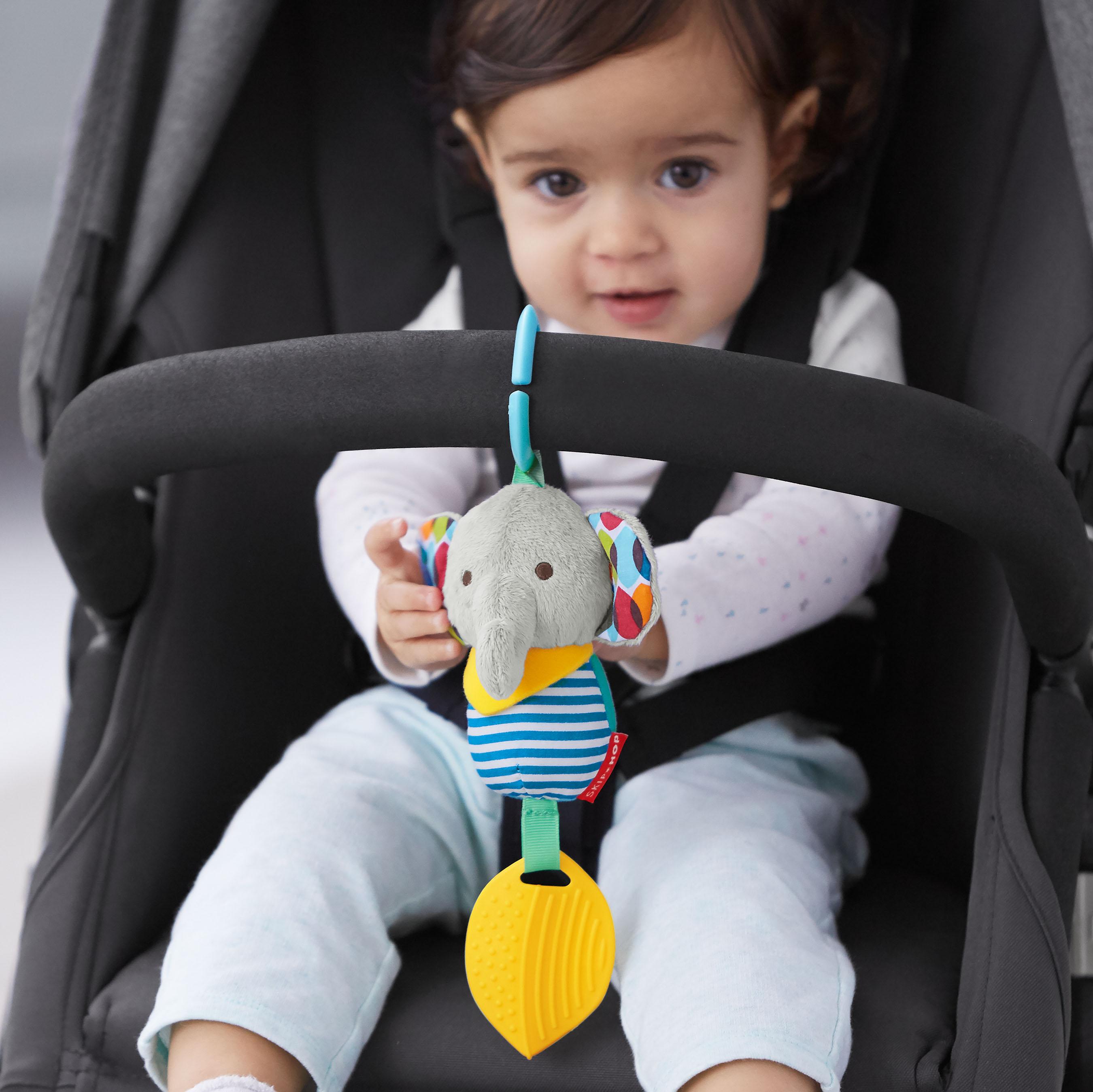 צעצוע לעגלה עם נשכן -פיל